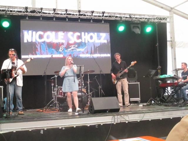 Nicole Scholz Sängerin und Solistin für Hochzeiten, Veranstaltungen, Events